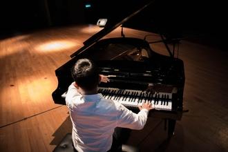 Casting homme musicien pour jouer dans long métrage