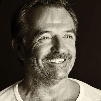Bruno Berberes le plus célèbre des directeurs de casting est un homme accessible, ses projets? Il nous raconte.