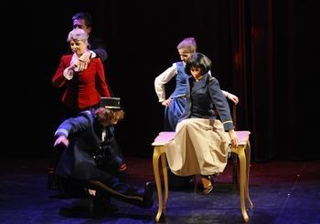 La compagnie de théâtre Candela vous propose un stage offert pour découvrir une pédagogie nouvelle autour de l'art théâtral, à vous de jouer !