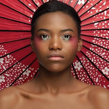 En cadeau pour étoffer votre book sur casting.fr, on vous offre une séance shooting photo chez Make Up For Ever Academy avec maquilleurs et photographes professionels, inscrivez vous!