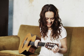 Rencontre avec la chanteuse Niuver sur casting.fr