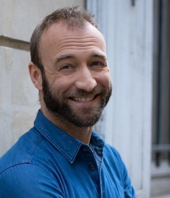 Aymeric Dapsence rêvait de devenir animateur, humoriste, comédien... Voici ses précieux conseils pour le devenir