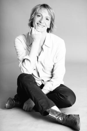 Rencontre avec Hélène Serres, comédienne engagée dans une pièce de théâtre au féminin!