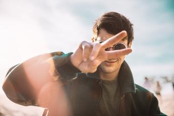 Recherche modèles hommes entre 18 et 30 ans pour shooting marque de sport
