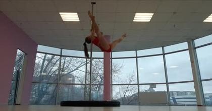 Vous rêvez de devenir acrobate aérienne ? Vesta Borovskaya, membre VIP sur Casting.fr vous donne des