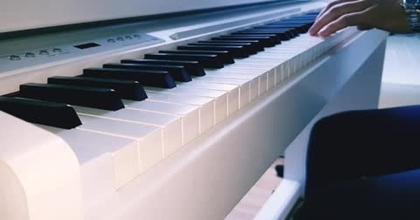 Composition personnelle au piano