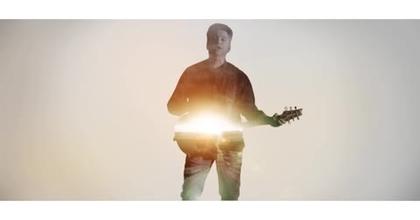 Phil Barney: Comme Un Ange (clip officiel)