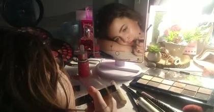 Vir Giny en Live Scène 2 maquillage