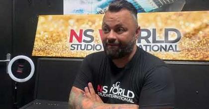 Interview de Nathan, le directeur de l'école de comédie musicale NS WORLD STUDIO INTERNATIONAL