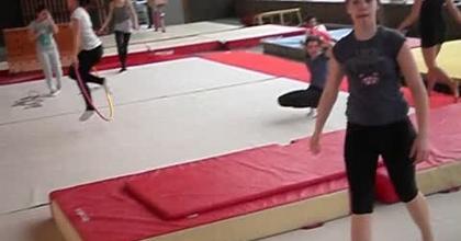 Gym, Rondade flip salto.