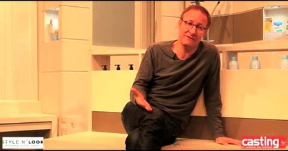 Interview d'Alexandre Pesle à l'affiche de la pièce: Tous des malades