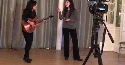 Monada : les grandes gagnantes de notre casting pour chanter lors de la cérémonie d'hommage à Johnny