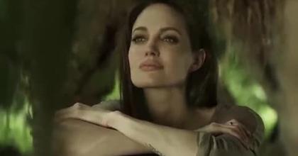 Work in Cambodia - Angelina Jolie