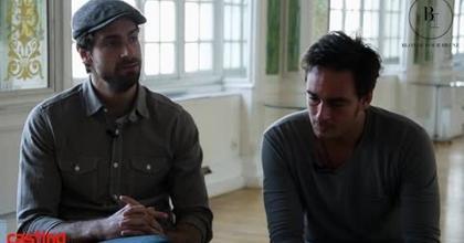 Kevin et Tom au salon des miroirs pour casting.fr