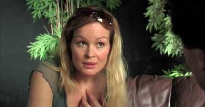 Actor reel 2017 Sarah Lindberg  (version 1)