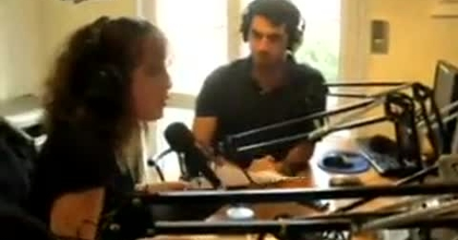 Jessicafig anime Erasmus Live sur la radio Click'N'Rock (extrait)