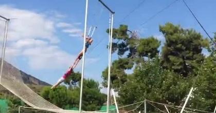 back & whip ecart trapeze volant