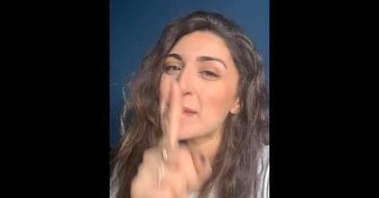 Chanteuse et parolière, notre artiste VIP Sendaboutella l'a fait : elle nous raconte !