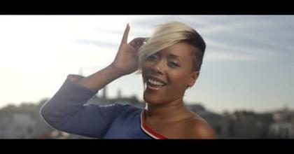 """Lynnsha revient avec son nouveau single Yolelio """"Je suis chez moi"""" !"""