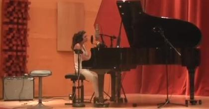 Cover Laura. Bat For Lashes