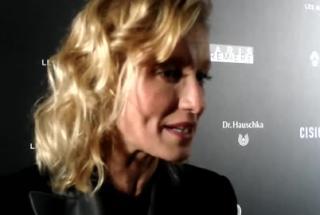 La pétillante Alexandra Lamy est la meilleure actrice de comédie aux Globes de Cristal !